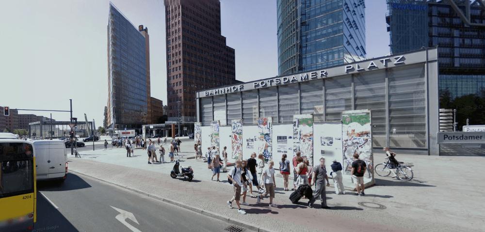 Eine Tochtergesellschaft des kanadische Immobilieninvestors Brookfield Property Partners übernimmt das Hochhausensemble mit 17 Objekten vom offenen Immobilienfonds SEB ImmoInvest aus Frankfurt am Main, der seit Jahren in der Krise steckt und seit 2012 über den Abverkauf von Immobilien aufgelöst wird. (Foto: Googlestreetview)