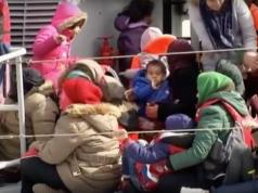 Der gestrige Pakt mit der Türkei sollen Flüchtlings-Schleppern auf der Ägäis das Handwerk legen (Foto: Youtube/Euronews)