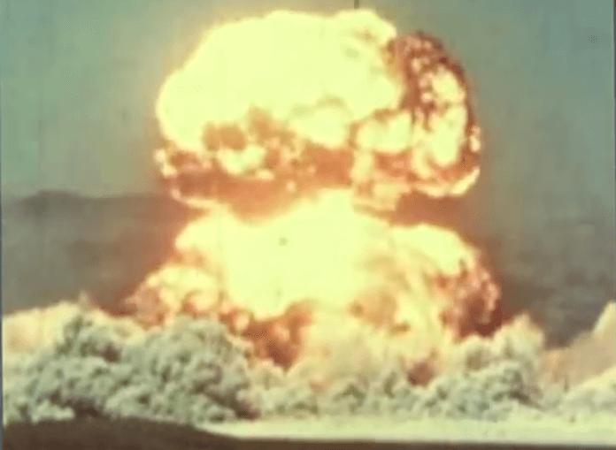 Ein schwerer Nuklearkrieg könnte sämtliches Leben auf der Erde auslöschen (Foto: Youtube)