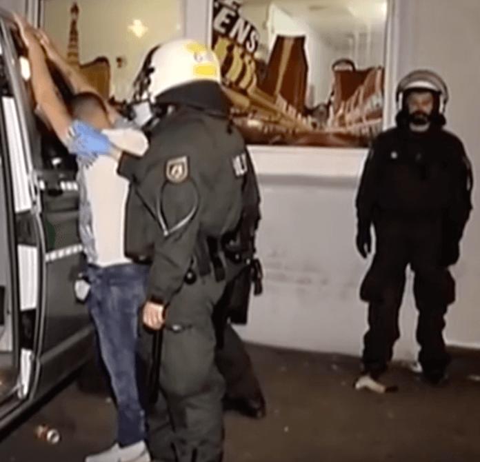 Trotz Polizeikontrollen im Duisburger Stadtteil Marxloh, kommt es beinahe täglich zu Straftaten und vermehrt zu Tumulten und Schießereien (Foto: Youtube/ZDF)
