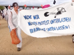 """""""Nicht wir müssen Protest unterlassen. Braunkohle unterlassen!"""" Unter diesem Motto besetzen ab heute bis Pfingstmontag 2.000 Kohlegegner den Vattenfall-Tagebau Welzow-Süd in der Lausitz südlich von Berlin (Foto: youtube/Ende Gelände)"""