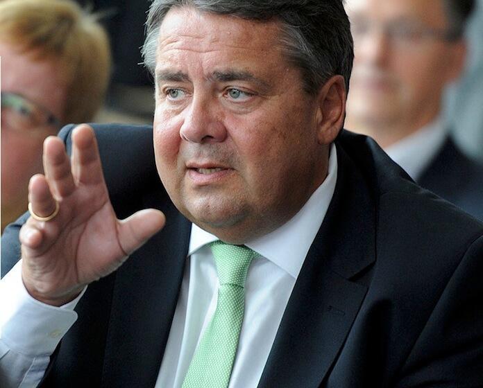 """SPD-Bundeschef Sigmar Gabriel: """"Ich will das Leben der Menschen ganz konkret verbessern."""" Laut Sahra Wagenknecht hält er nur nicht, was er verspricht (Foto: Sigmar-Gabriel.de)"""