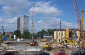 Dauerbaustelle S21 von der nördlichen Ringbahn (Gesundbrunnen und Westhafen zum Hauptbahnhof und weiter über Potsdamer Platz zum Brandenburger Tor (Foto vom Mai 2012 nördlich des Hauptbahnhofs: Wikipedia/Eigenes Werek Andre_de)