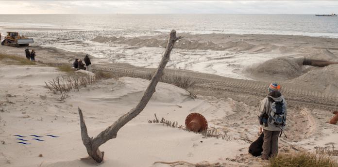 Mit Sandaufspülungen aus der Nordsee versucht Schleswig-Holstein die Ferieninsel Sylt zu retten - eine Sisiphusarbeit, denn Sturmfluten haben die Südspitze der Insel in 60 Jahren bereits halbiert (Foto: LKN.SH)