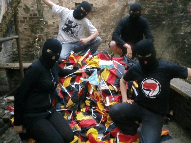 Antifa ruft auf zur Vernichtung von Fan-Artikeln