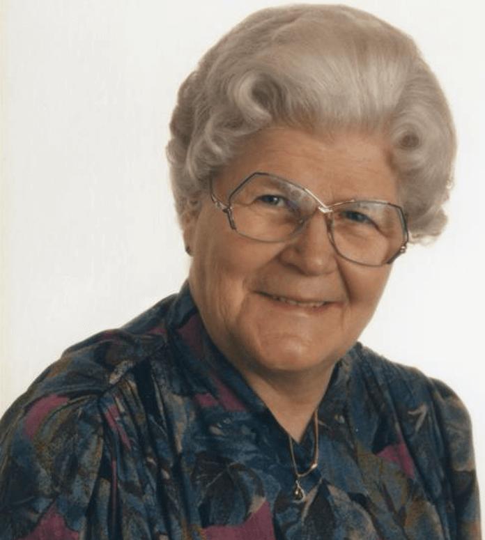 Gertrud Lange (86) hat allein sieben Kinder groß gezogen, lebte allein in ihrem Haus am Rande von Mörlheim in der Pfalz, am 19. Mai 2016 fand die Tochter sie tot auf, ermordert von einem rumänischen Einbrecherpaar - es fehlte die Handtasche (Foto: Kondolenzanzeige)