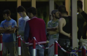 Von einer Gruppe Tschetschen in Genshaben in Ludwigsfelde (Teltow-Fläming) gehen laut Polizei immer wieder organisierte Schlägereien aus (Screenshot: rbb AKTUELL)
