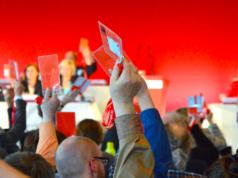 Etablierte Parteien verlieren Mitglieder