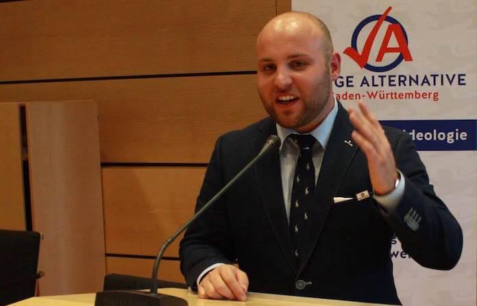 Markus Frohnmaier (25) aus Tübingen ist Bundesvorsitzender der AfD-Nachwuchsorganisation Junge Alternative und Sprecher der AfD-Bundesvorsitzenden Frauke Petry (Foto: Facebook/Frohnmaier)
