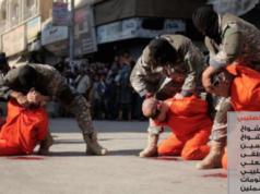 Weil organisierter Sport wie Fußball vom IS als Anti-Islam geächtet wurde, wurden am 5. Juli 2016 vier syrische Profi-Fußballer der Spionage verdächtigt und öffentlich in Raqqa hingerichtet (Foto: Twitter)