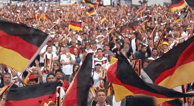 Julia Becker Verzicht auf Deutschland-Fahnen