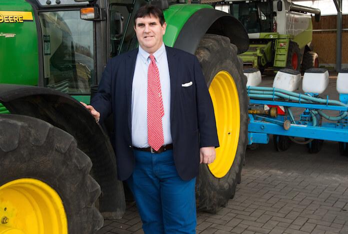 Der Oranienburger Siegfried Hofreiter (54) musste gestern als Vorstandsvorsitzender der börsennotierten KTG Agrar SE am Hauptsitz in Hamburg für den Konzern Eigeninsolvenz beantragen, weil knapp 18 Millionen Euro fällige Zinsen am 6. Juni 2016 für eine 2011 begebene Firmenanleihe KTG Biowertpapier II nicht gezahlt werden konnten (Pressefoto: KTG Agrar SE)