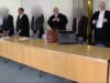 Stehen seit gestern in Cottbus vor Gericht: Ein bestochener Ex-BER-Bereichsleiter und zwei Imtech-Mitarbeiter, die gezahlt haben (Screenshot: rbb Aktuell)