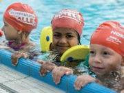 In Berlin stehen in kinderfreundlichen Zeiten zwischen 17 und 19 Uhr zu wenige Schwimmlernflächen zur Verfügung, sagt Martin Weiland, Vizerpräsident des Berliner Schwimm-Verandes e.V. aus Alt-Hohenschönhausen (Foto: Berliner Bäderbetriebe, Ferienkurse)