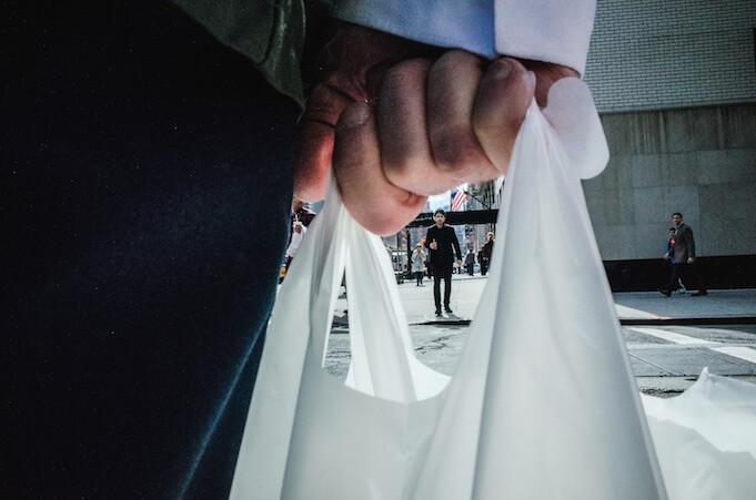 Umweltschutz wird zum Trend: keiner kauft mehr Plastiktüten (Foto: Michael Kowalczyk)