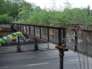 Die 80 Jahre alte Yorckbrücke Nummer 11 in Berlin-Schöneberg vor dem Aushängen am 29. Januar 2016 (Foto: Sanierungs-Bauherr Grün Berlin Stiftung)