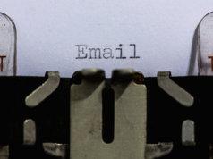 Ab dem 1. Oktober kann man Verträge per Mail kündigen (Foto: Dennis Skley)