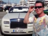 Will seine sechs Rolls Royce und zwei weitere Luxuswagen von der Steuer absetzen, saß deswegen schon 2 Jahre in U-Haft und bekam am Freitag 3 Jahre Haft aufgebrummt: der Frankfurter Bordellbesitzer Marcus Prinz von Anhalt, 49 (Foto: Youtube, Selfie mit Rolls Royce im Yachthafen von Monaco)