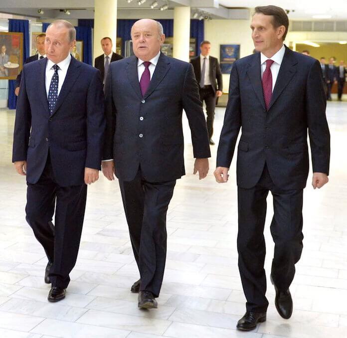 Wladimir Putin mit dem scheidenden Auslandsspionage-Chef Mikhail Fradkov und dem neuen Superspion Sergei Naryshkin (Foto: kremlin.ru)