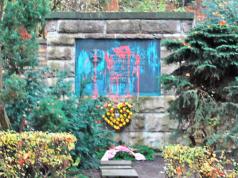 Neukölln Friedhof Lilienthalstraße geschändet