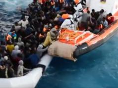 Italienische Küstenwache Migranten