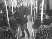 Männer ohne Fahrausweise attackieren Busfahrer mit Reizgas