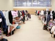 Berlin Flüchtlinge verlassen Turnhallen