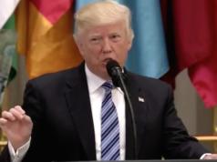 """""""Dies ist ein Kampf zwischen barbarischen Kriminellen, die das menschliche Leben auslöschen wollen, und anständigen Menschen aller Religionen, die es beschützen wollen"""", sagte Donald Trump in seiner Rede vor muslimischen Staatschefs. (Screenshot: YouTube)"""