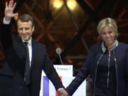 Nach Ansicht von Paul Craig Roberts ist die Wahl von Emmanuel Macron eine Katastrophe für den Weltfrieden. (Screenshot: YouTube)