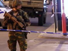 """Am Brüsseler Zentralbahnhof rief ein Mann """"Allahu Akbar"""" und zündete einen Sprengsatz. Soldaten schossen ihn nieder. (Screenshot: YouTube)"""