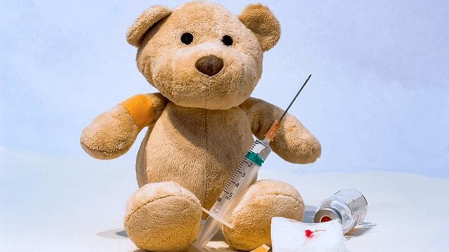 Laut einem Gesetzentwurf der Bundesregierung solle Kitas künftig Impfgegner beim Gesundheitsamt anzeigen.