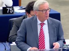 """Jean-Claude Juncker fordert von Polen, Tschechien und Ungarn mehr Aufnahmebereitschaft für """"Andersfarbige und Andersgläubige"""". (Screenshot: YouTube)"""