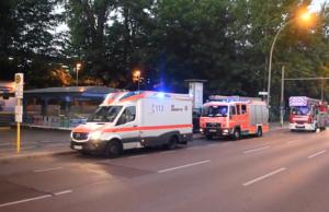 Linksextremisten legten Feuer, die Feuerwehr löschte, der Staatsschutz ermittelte, die Bürger hatten Verspätung