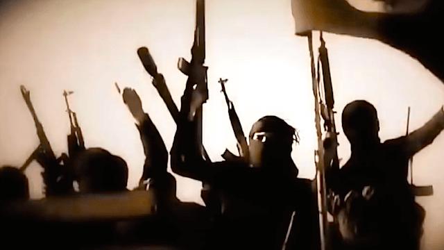 Nach Ansicht führender Unionspolitiker nutzen der Islamische Staat und andere Terroristen Vergewaltigungen als Waffe. (Screenshot: YouTube)