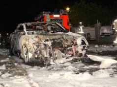 Rechtsextreme Brandanschläge auf Autos von Linken in Neukölln Gabriela Gebhardt Christel Jachan