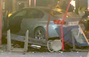 Auto rast in Pizzeria bei Paris, Mädchen getötet