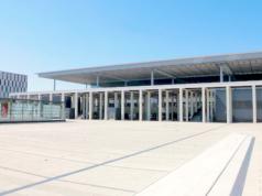 Der BER eröffnet wohl doch erst frühestens 2019. Denn derzeit wird kaum gebaut. (Screenshot: YouTube)