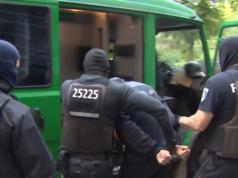 Polizeipräsident Klaus Kandt braucht seine Berliner Polizisten selbst. (Screenshot: YouTube)