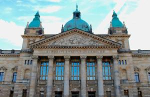 Um die Verfahren zu beschleunigen, sollen die Berufungen bei Asylklagen direkt zum Bundesverwaltungsgericht in Leipzig.