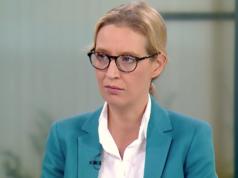 Laut Alice Weidel gehört Bundeskanzlerin Angela Merkel nach ihrer Amtszeit vor ein Gericht gestellt. (Screenshot: YouTube)