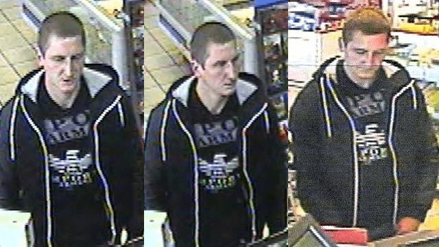 Dieser Mann zahlte in Wilmersdorf mit gestohlener Kreditkarte. (Fotos: Polizei Berlin)