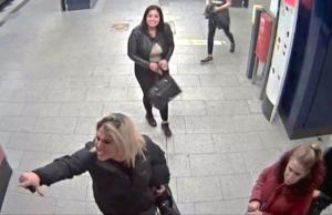 In Gesundbrunnen sollen vier Frauen ihren Taxifahrer mit einem Messer bedroht haben. (Foto: Polizei Berlin)