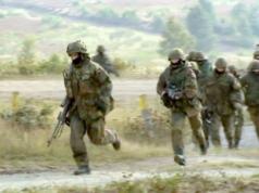 Die Linke warnt vor Rechtsextremisten in der Bundeswehr. Diese seien tickende Zeitbomben. (Screenshot: YouTube)
