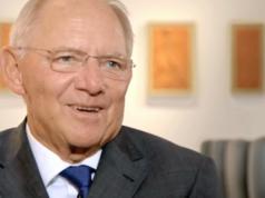 Der Freiheitlich-konservative Aufbruch will Angela Merkel als CDU-Chefin austauschen und bringt Wolfgang Schäuble ins Gespräch. (Screenshot: YouTube)