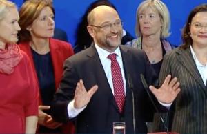 SPD-Spitzenkandidat Martin Schulz räumt die Niederlage ein. (Screenshot: YouTube)