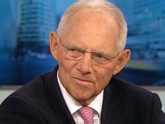 Wolfgang Schäuble kritisiert die Verbitterung vieler Ostdeutscher, die zur Ablehnung von Angela Merkel führe. (Screenshot: YouTube)