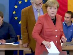 Es zeichnet sich eine hohe Wahlbeteiligung ab. Auch Bundeskanzlerin Angela Merkel hat bereits in Berlin-Mitte gewählt. (Screenshot: YouTube)