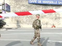 """""""Allahu Akbar"""" am Bahnhof Saint Charles in Marseille. Ein Messer-Mann tötete zwei Frauen. (Screenshot: N24)"""