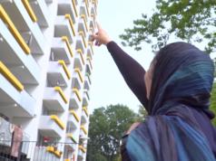 Unter anderem zahlen Berlins Bezirke den Flüchtlingen auch ihre Wohnungen. (Screenshot: YouTube)