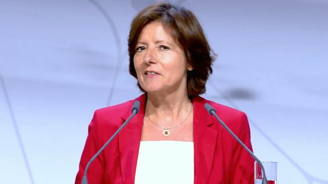 Die rheinland-pfälzische Ministerpräsidentin Malu Dreyer unterstützt einen Beschlussvorschlag von Hamburg und dem Saarland, wonach Ausreisepflichtige Ausländer künftig in Deutschland arbeiten dürfen. (Screenshot: YouTube)